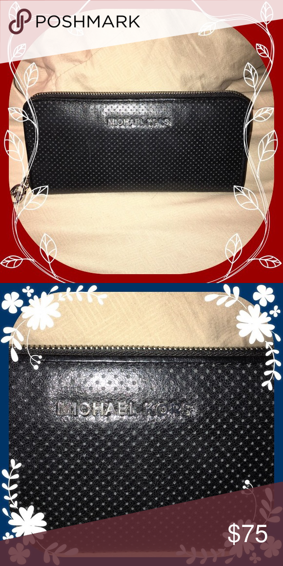 MICHAEL KORS WALLET Excellent condition Michael Kors Bags Wallets