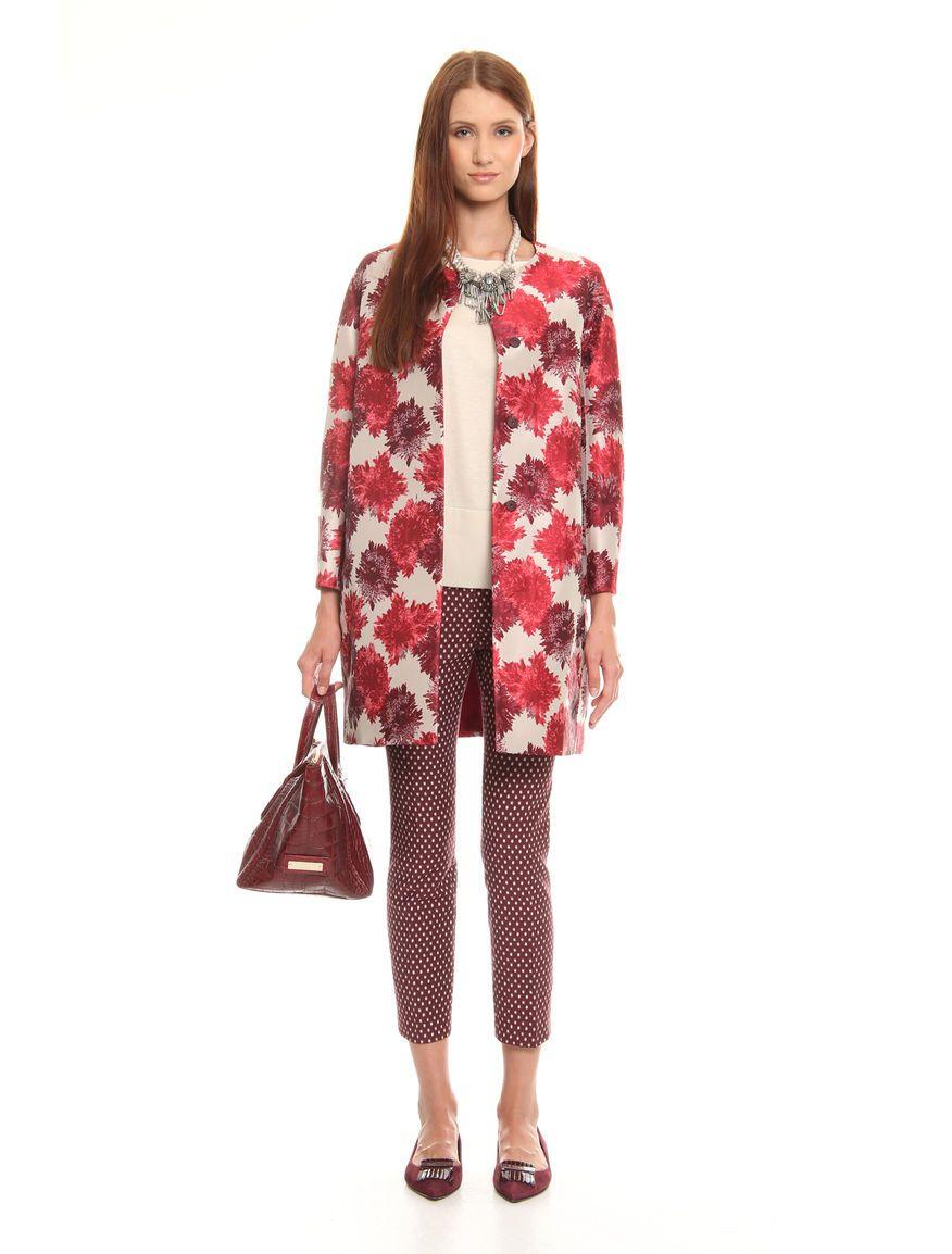 #soprabito in jacquard a disegno floreale. € 123  #diffusionetessile #lookoftheweek #AI15 #moda #fashion