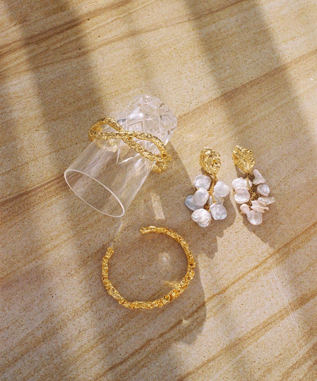 Crushed gold goodness – Discover our Frances Bracelet, Ella Bracelet and Carlotta Earrings 💛