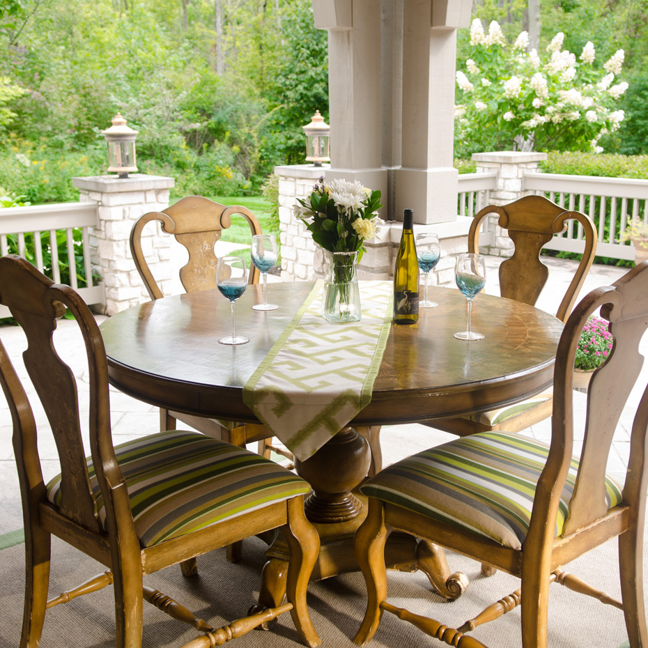 Expanding Dining Area for Patio - Click here and check out ... on Living Spaces Outdoor Dining id=24854