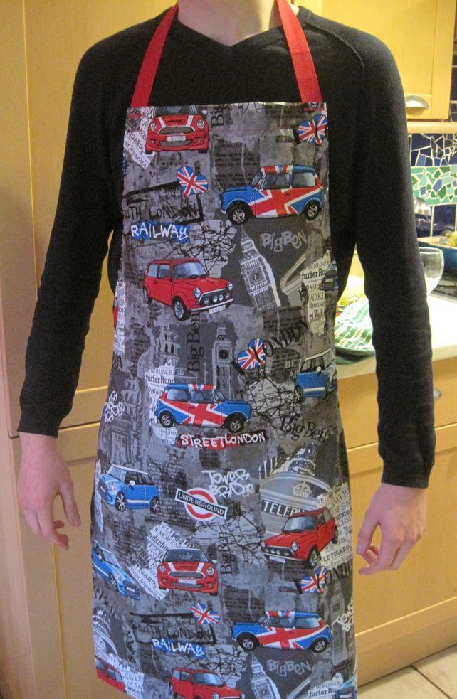GAYPRON Apron in Benartex Fabric featuring London Bridge Mini Cars UK Union Jack £20.00