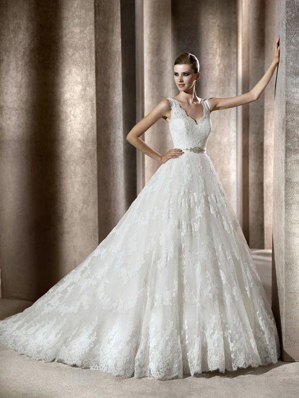 Turning Dreams into Reality: Elie Saab Wedding Dresses