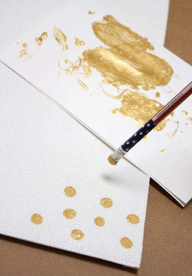 Diy Gold Confetti Placemats A Bubbly Life Gold Diy Diy Placemats Placemats