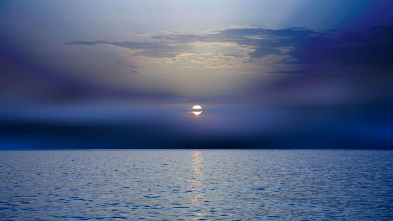 Download Wallpaper 1366x768 Sea Sunset Horizon Dark