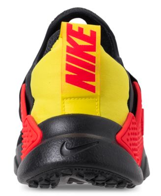6981b1aea26 Nike Boys  Huarache Extreme Se Just Do It Running Sneakers from Finish Line  - Black 6.5