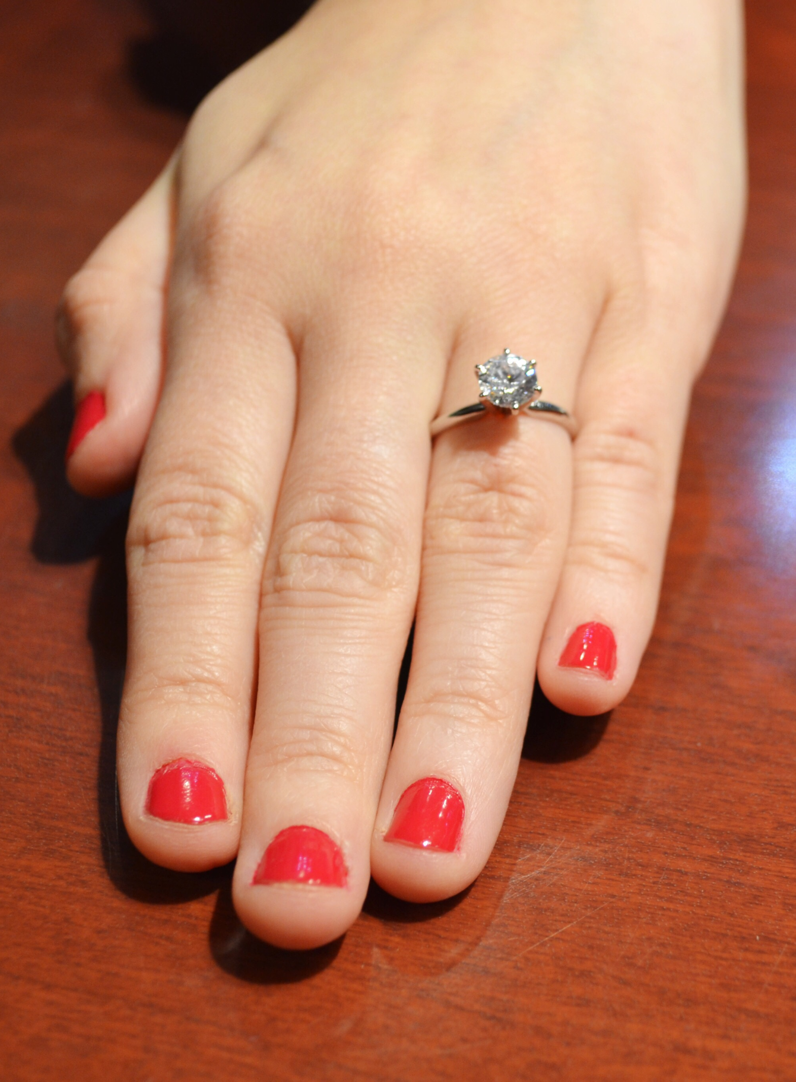 What Different Diamond Sizes Look Like On Realgirl Hands
