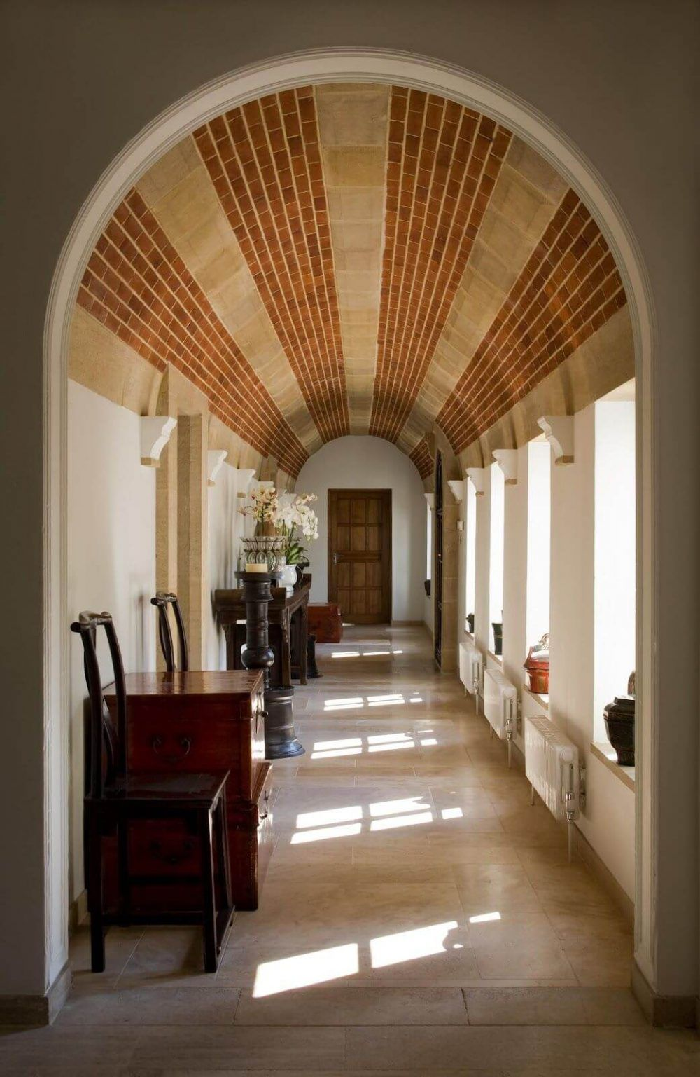 Vaulted Ceiling Guide: History, Types, Pros, Cons, And ...
