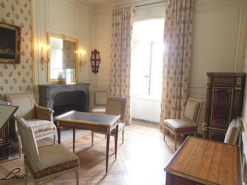 Epingle Sur Pt3 Chambre Mme Royale