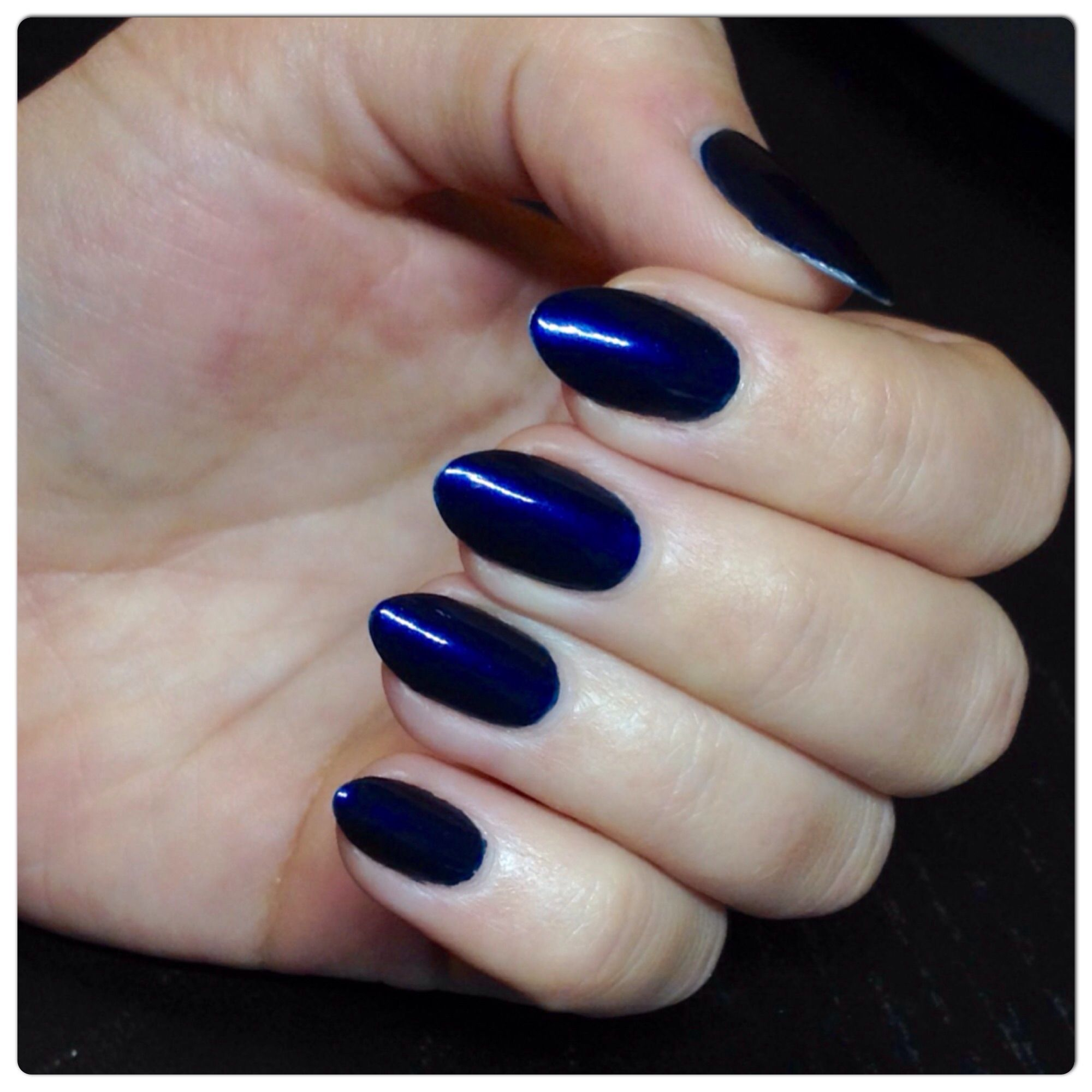 Color: OPI Russian Navy LOVE love love the nail shape. Best almond I ...