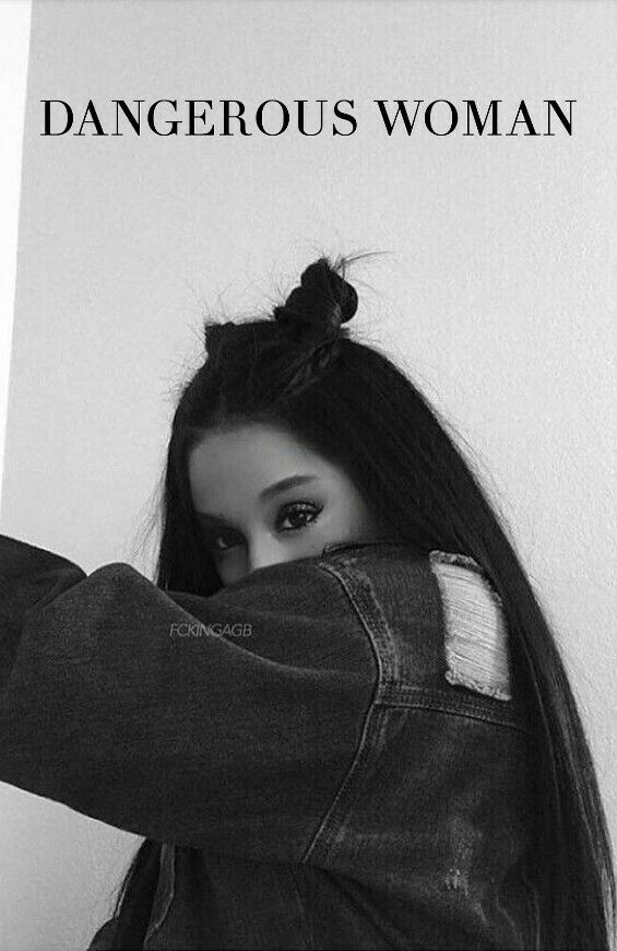 Ariana Grande AkA Dangerous Woman Go Team Cancer Go