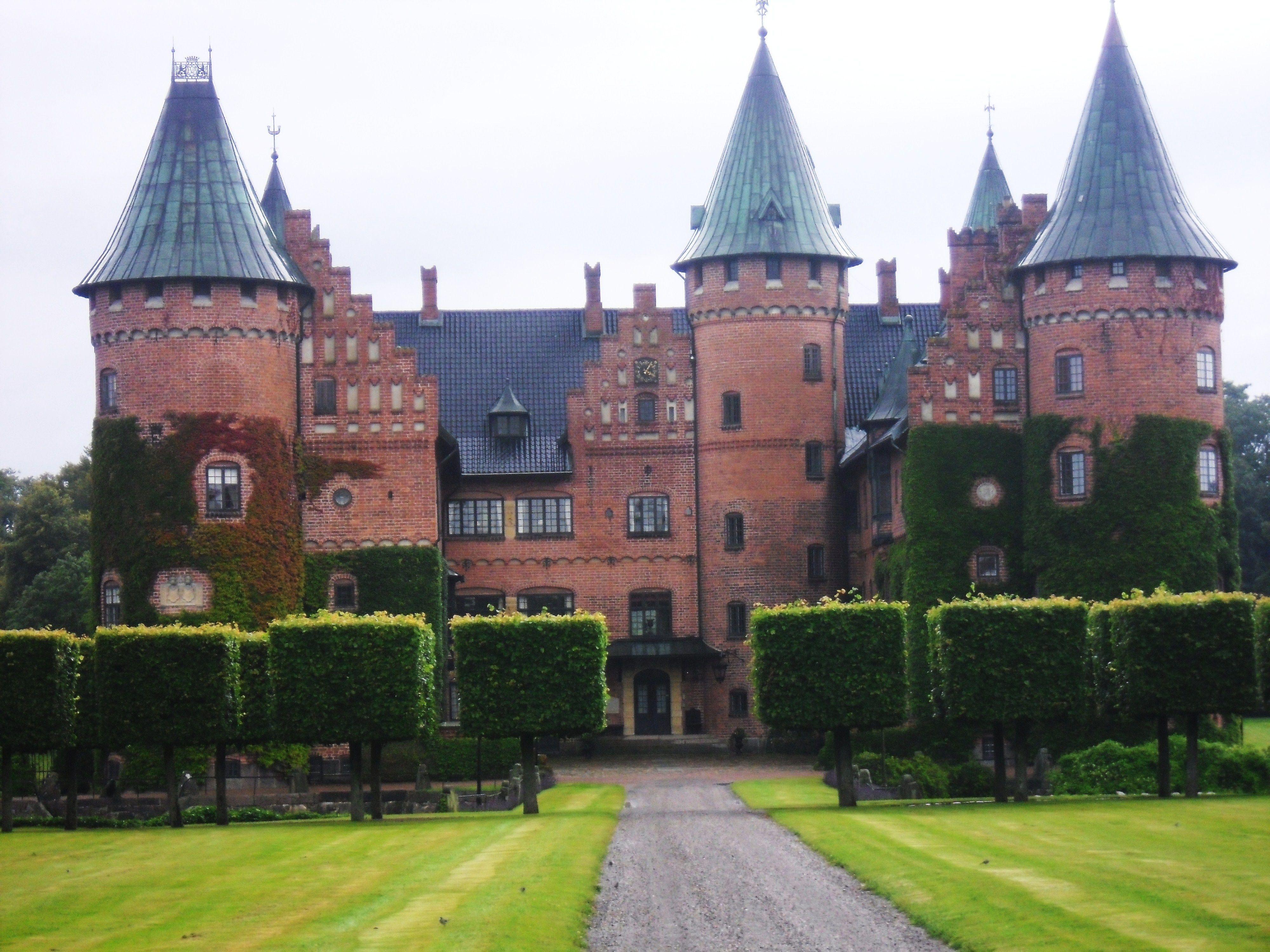 trolleholm slott, Sweden