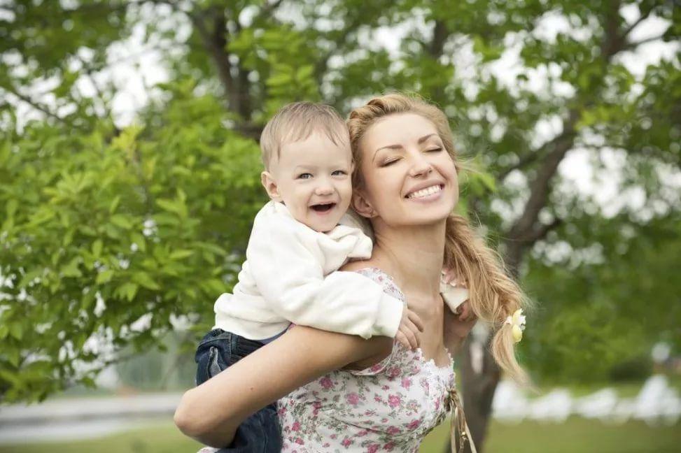 Малыш и тетя картинки