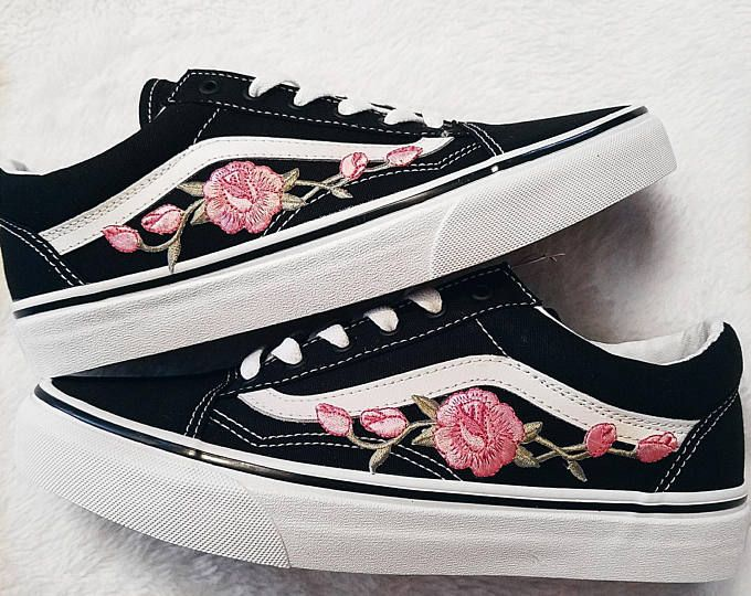 Rose Buds rojo/BLK unisex Custom Rose bordado-parche Vans ...