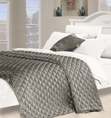 Desire Faux Silk King Size Quilted Bedspread in Silver: Amazon.co ... : silver quilted bedspread - Adamdwight.com