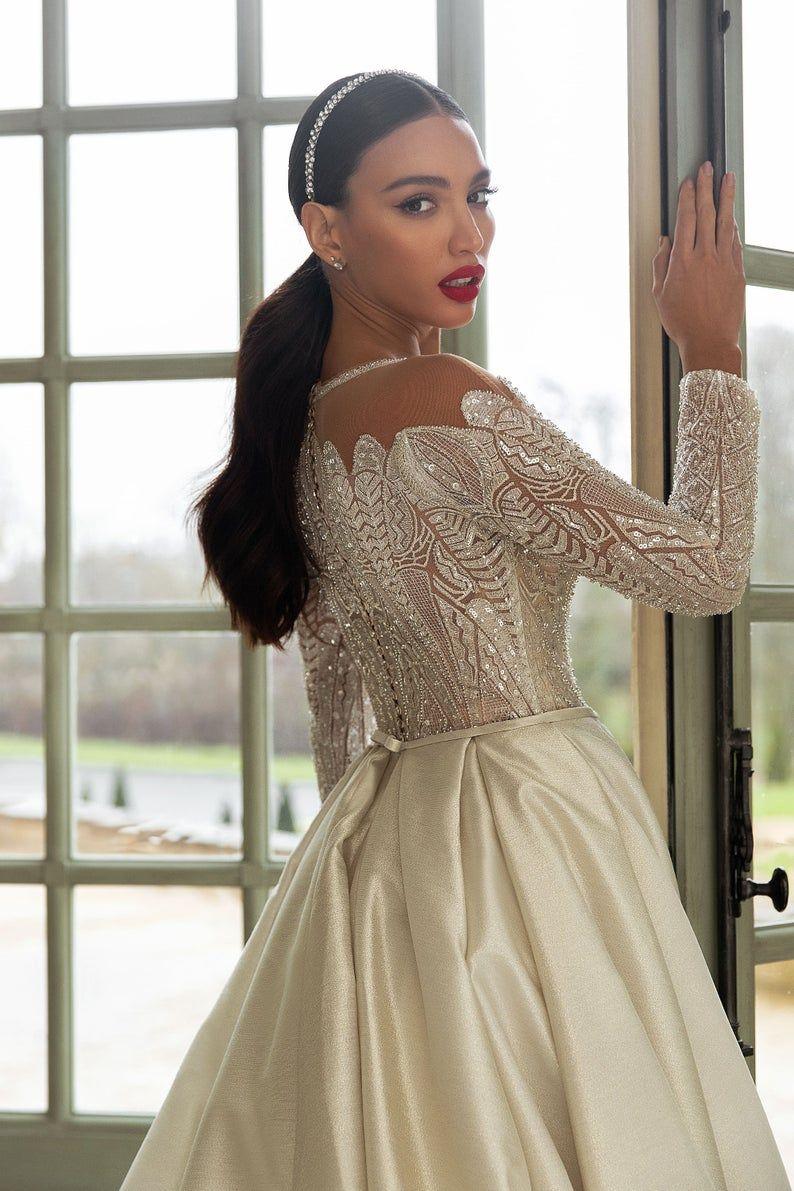 Boho Bridal Headband Bridal Crystal Pearl Headpiece Wedding Hair Piece Bridal Accessories Hair Vine Tiara Crown Beaded Floral Headband In 2021 Glamourous Wedding Dress Boho Bridal Headband Elegant Bridal Gown [ 1191 x 794 Pixel ]