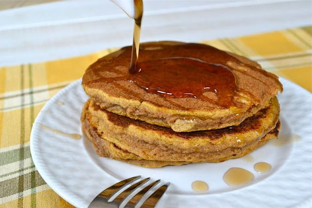 Mother Thyme: Whole Wheat Pumpkin Pancakes
