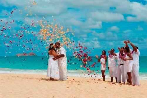 alternativehawaiicom above heavens gate waterfall beach weddings oahu hawaii get married in hawaii weddings