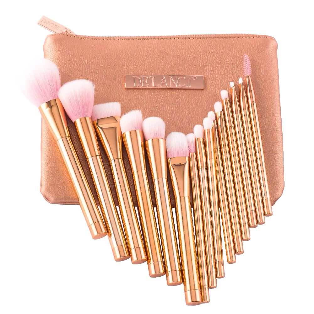 F35 Tapered Highlighter Brush (With images) Highlighter