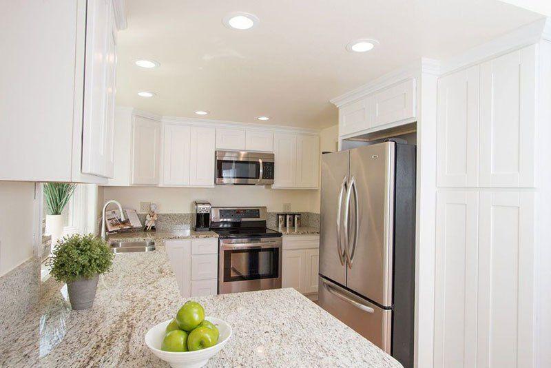 Giallo Ornamental Granite Countertops Pictures Cost Pros And Cons Giallo Ornamental Granite Granite Countertops Granite Kitchen