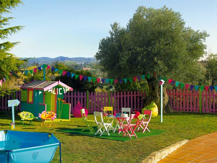 Como decorar el jardin para los ninos gardens for - Decorar un jardin pequeno ...