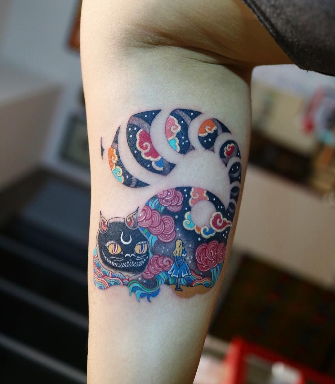 67a0928256bc9 Tattoo artist Pitta color Korean traditional tattoo, authors style | Seoul,  South Korea