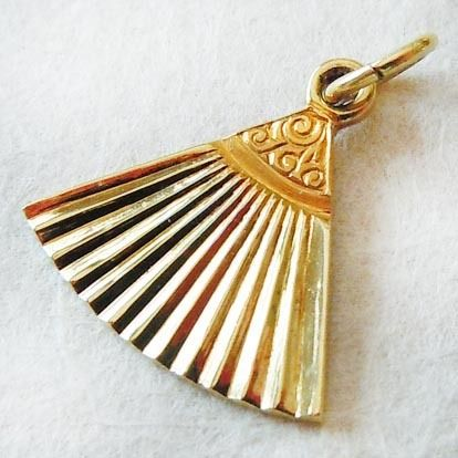 Vintage Ornate Double-Sided Fan 14k Gold Charm ~ A Genuine Find