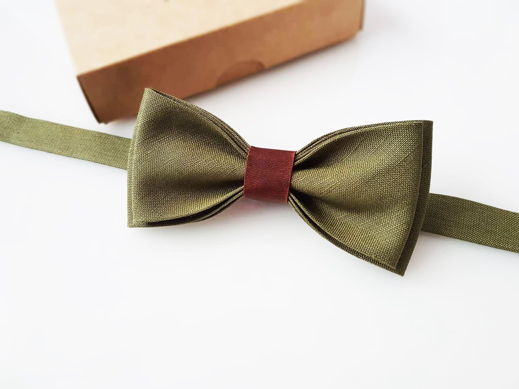 Brown Bow Tie Set Brown Wool Houndstooth Pre-Tied  Bow Tie Beige Pocket Square