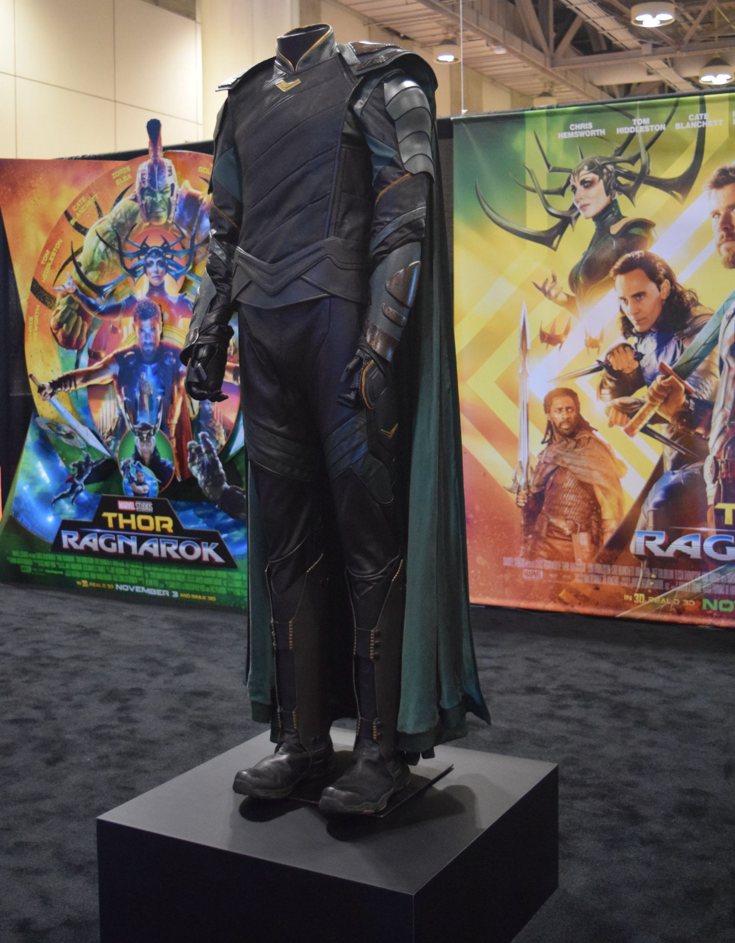 Thor 3 Ragnarok Loki Cosplay Costume Tom Hiddleston Full Suit Cape Outfit Shoes