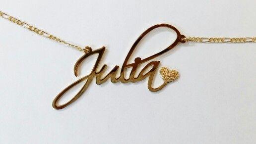 Lleva tu nombre en un collar de oro laminado de 14k (disponible en colores: oro, oro rosa y blanco)