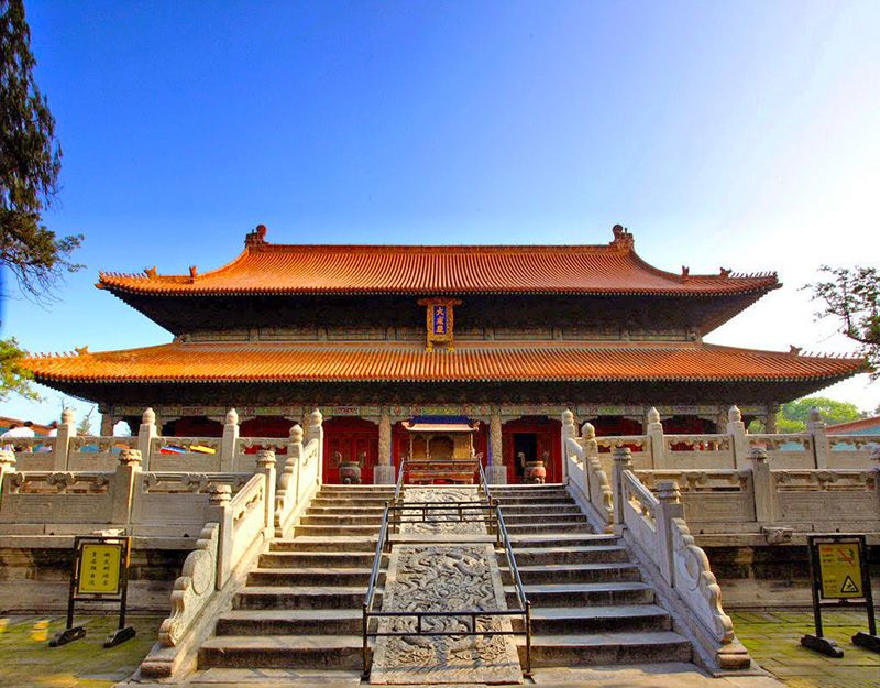 The Confucian Temple, located inside the south gate of Qufu, Shandong, the  Temple of Confucius is a group of grand build… | Summer palace, Mountain  resort, Building