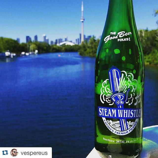 There's one last weekend left of summer holidays or one more depending on if your a beer half full or half empty type. #Repost @vespereus Steam Whistle Canadian pilsner. #microbrew #craftbeer #harbor #steamwhistlebrewing by steamwhistlebrewing