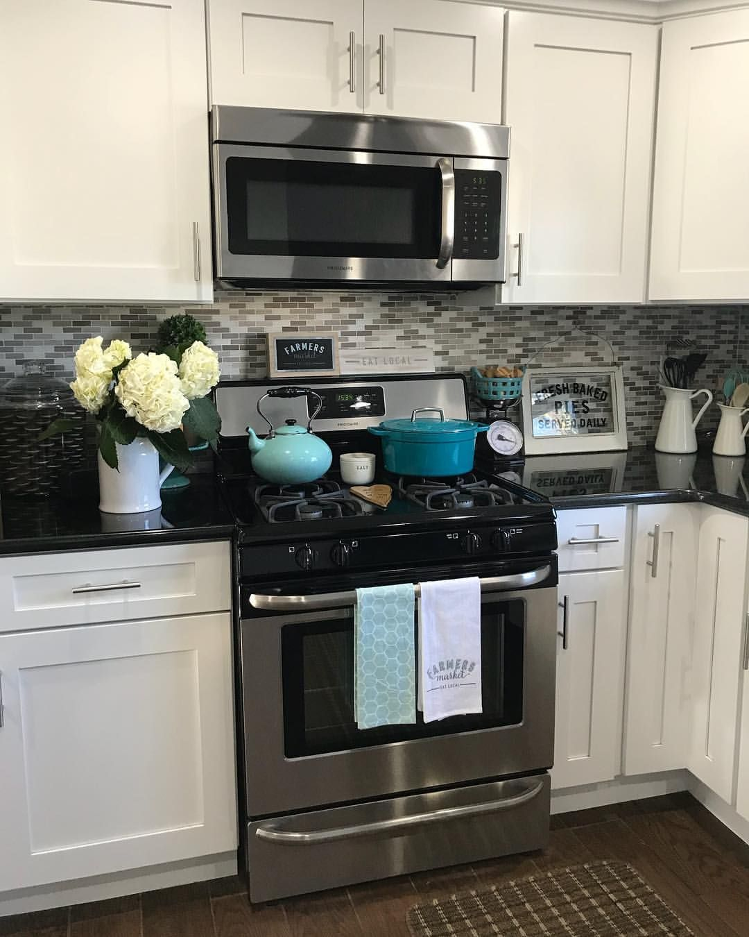 10x10 Kitchen Remodel: Food Shopping Clean Kitchen Fresh Flowers Sunny Sunday I