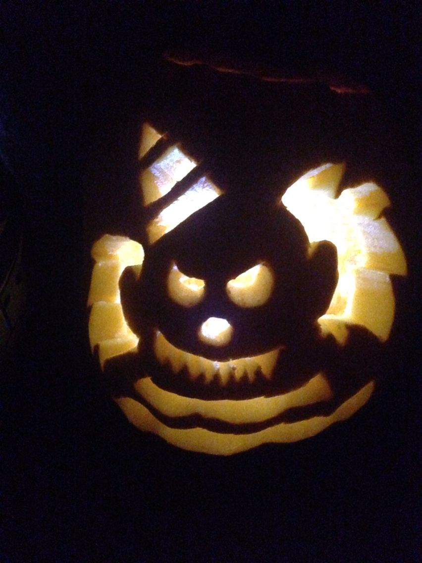 Wendy Scary Clown pumpkin carving 2016