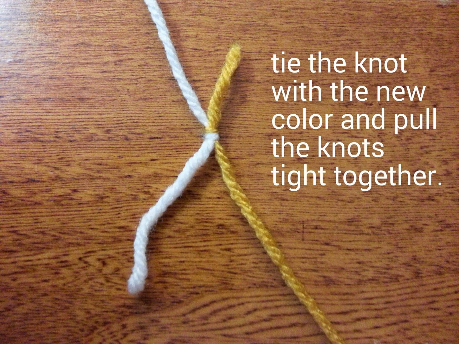Tw-In Stitches: Changing colors with the Double Knot Technique