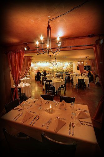 Subterra Restaurant Affordable White Tablecloth Dining In The Heart Of Newberg Or