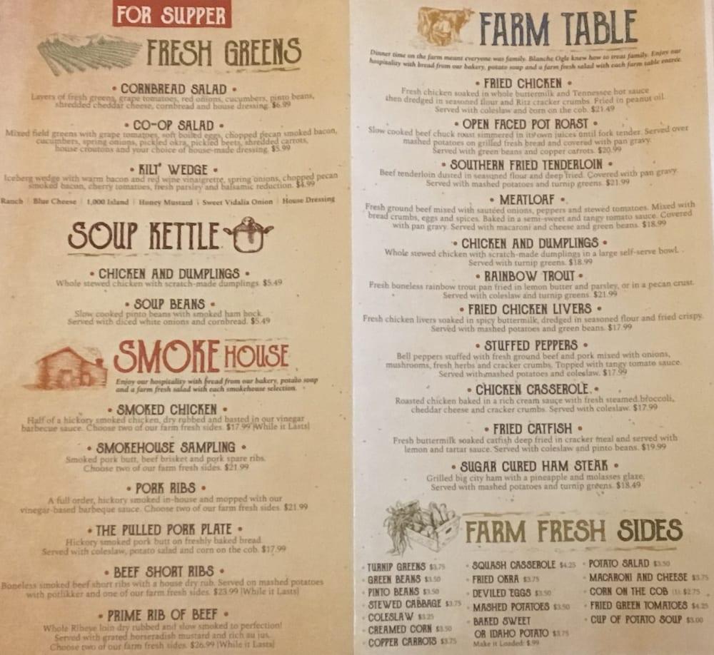 5 Oaks Farmhouse Kitchen
