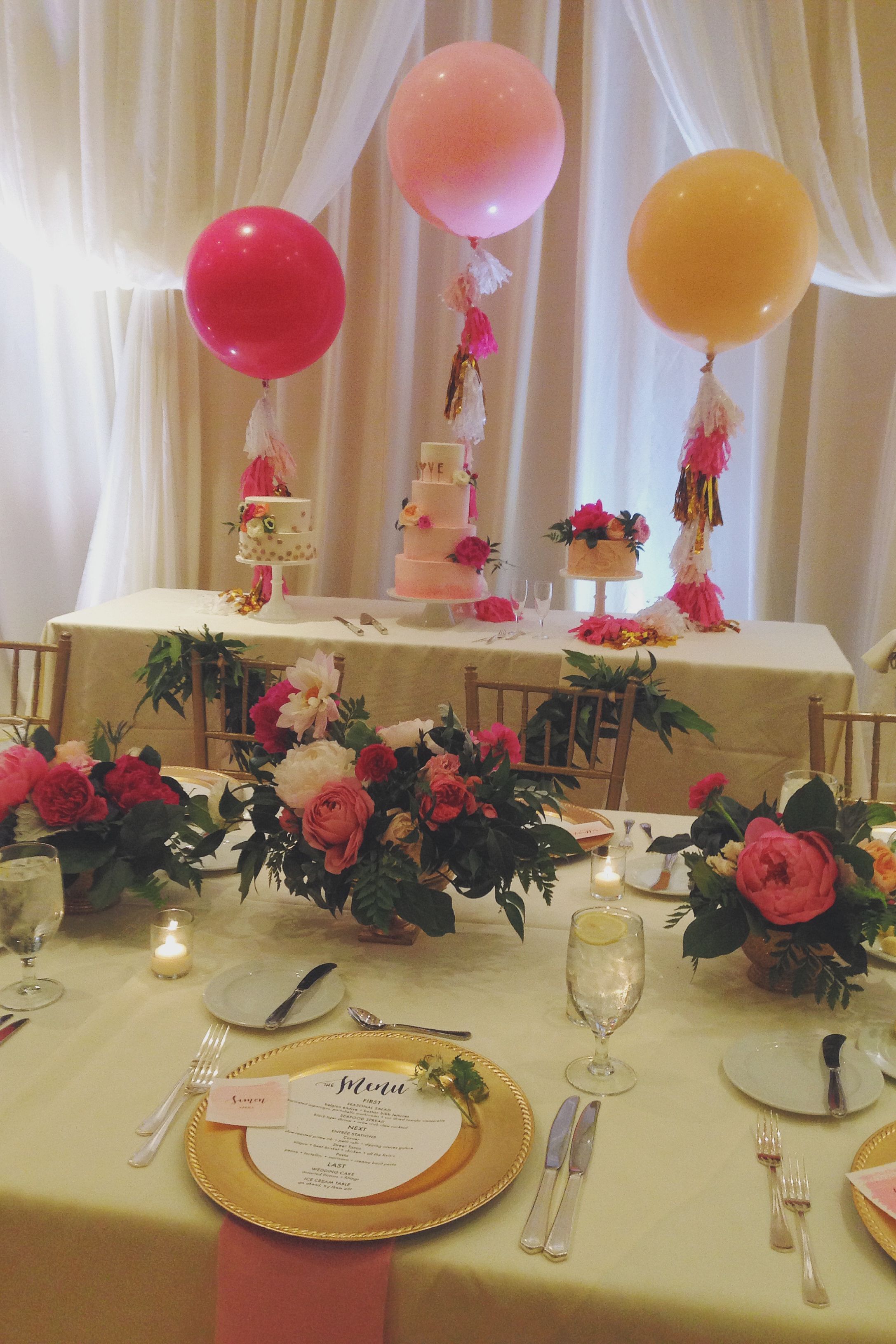 Fun and pretty Dallas / Fort Worth wedding by Grit + Gold Southern Wedding Group complete with florals by The Southern Table, cakes by Cake Walk Bake Shop, and giant ombré fancy balloons with fringe tails #pinkandgold #gritandgold #dallasweddingplanner