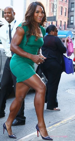 Three Cheers For World No 1 Serena Williams With Images Venus