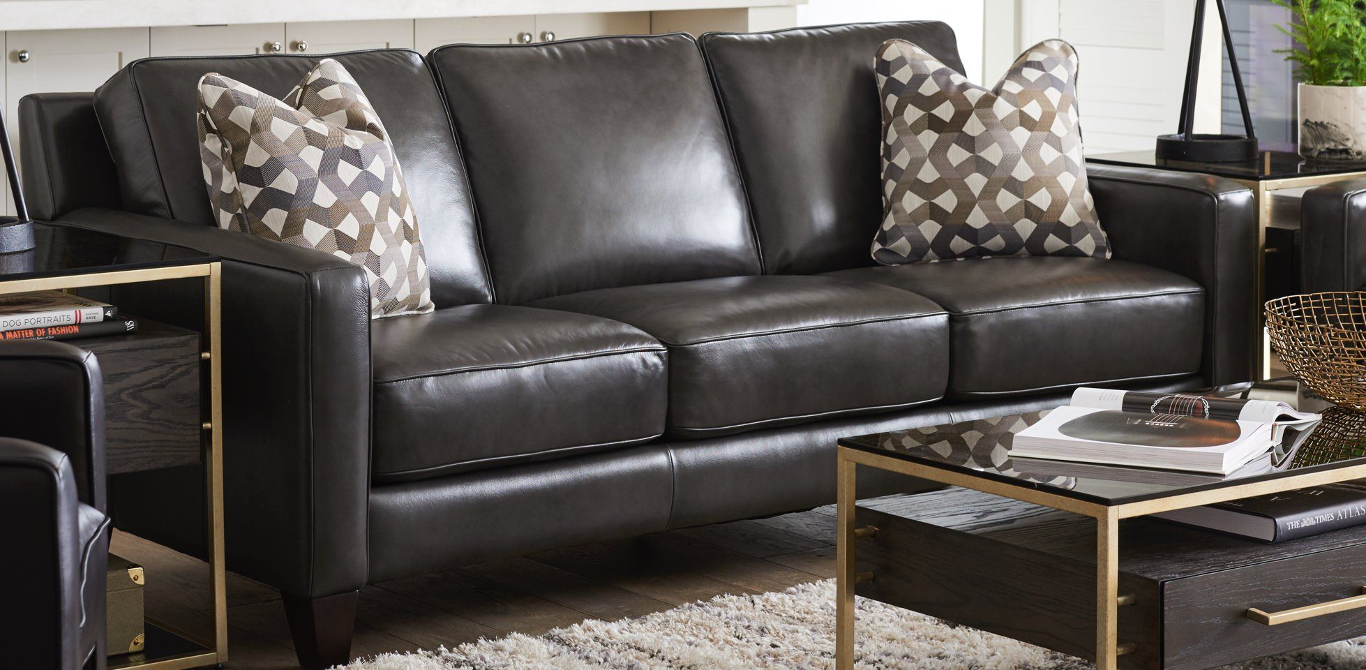 La Z Boy Leather Sofa In 2020 Leather Living Room Set Contemporary Leather Sofa Leather Sofas Uk