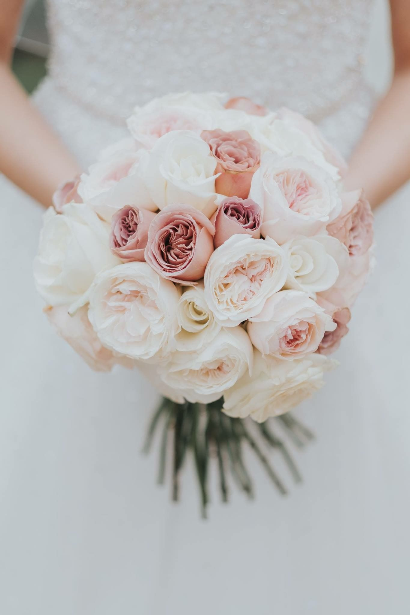 Beautiful Garden Rose Bouquet With Cafe Latte Roses Image Take By Howard S Photos Flower Boutique Wedding Flowers Floral Wedding