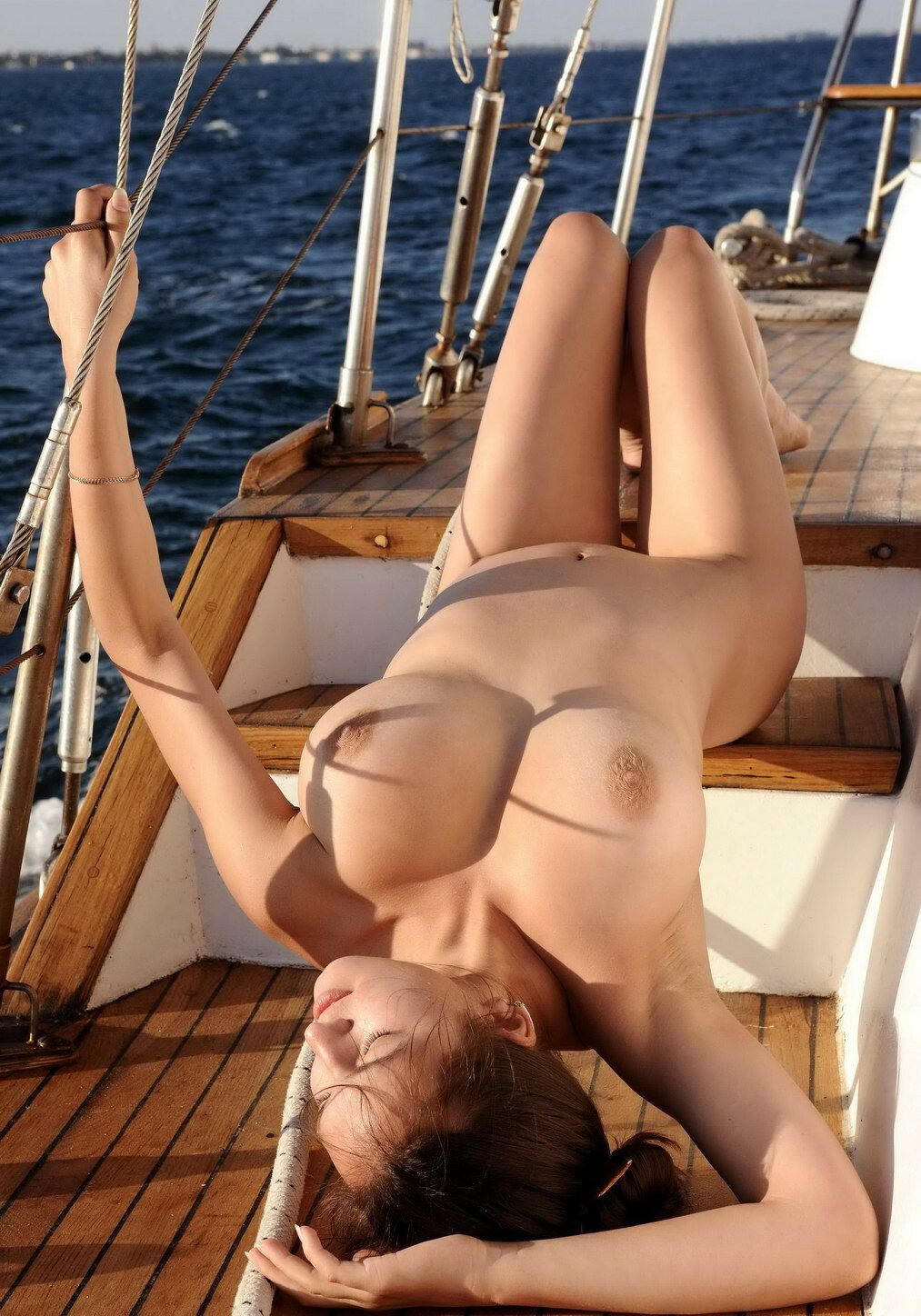 Pics of topless girls on boats, married couple fuck shemale movie