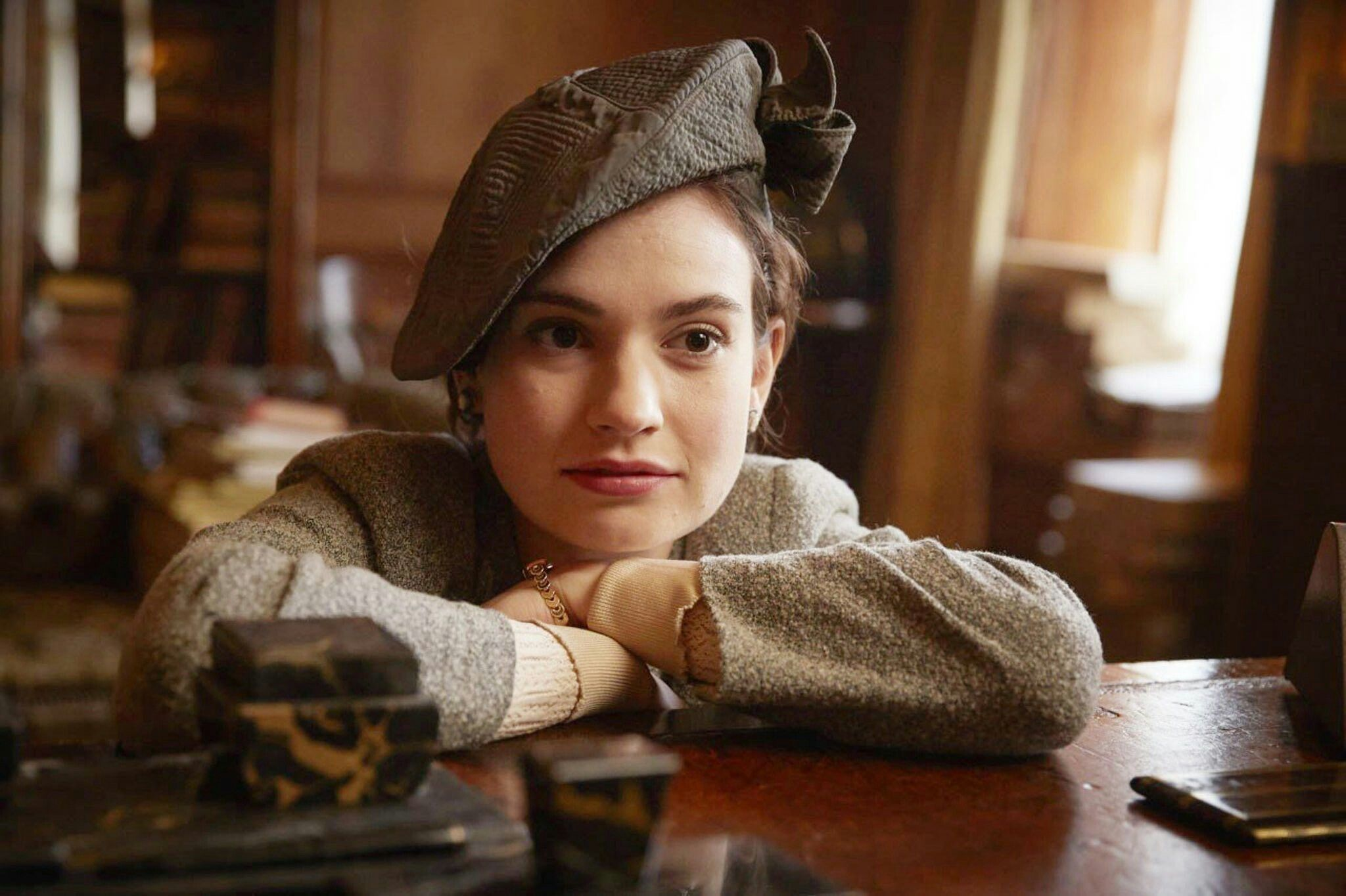 Lily James in 'The Guernsey Literary and Potato Peel Pie