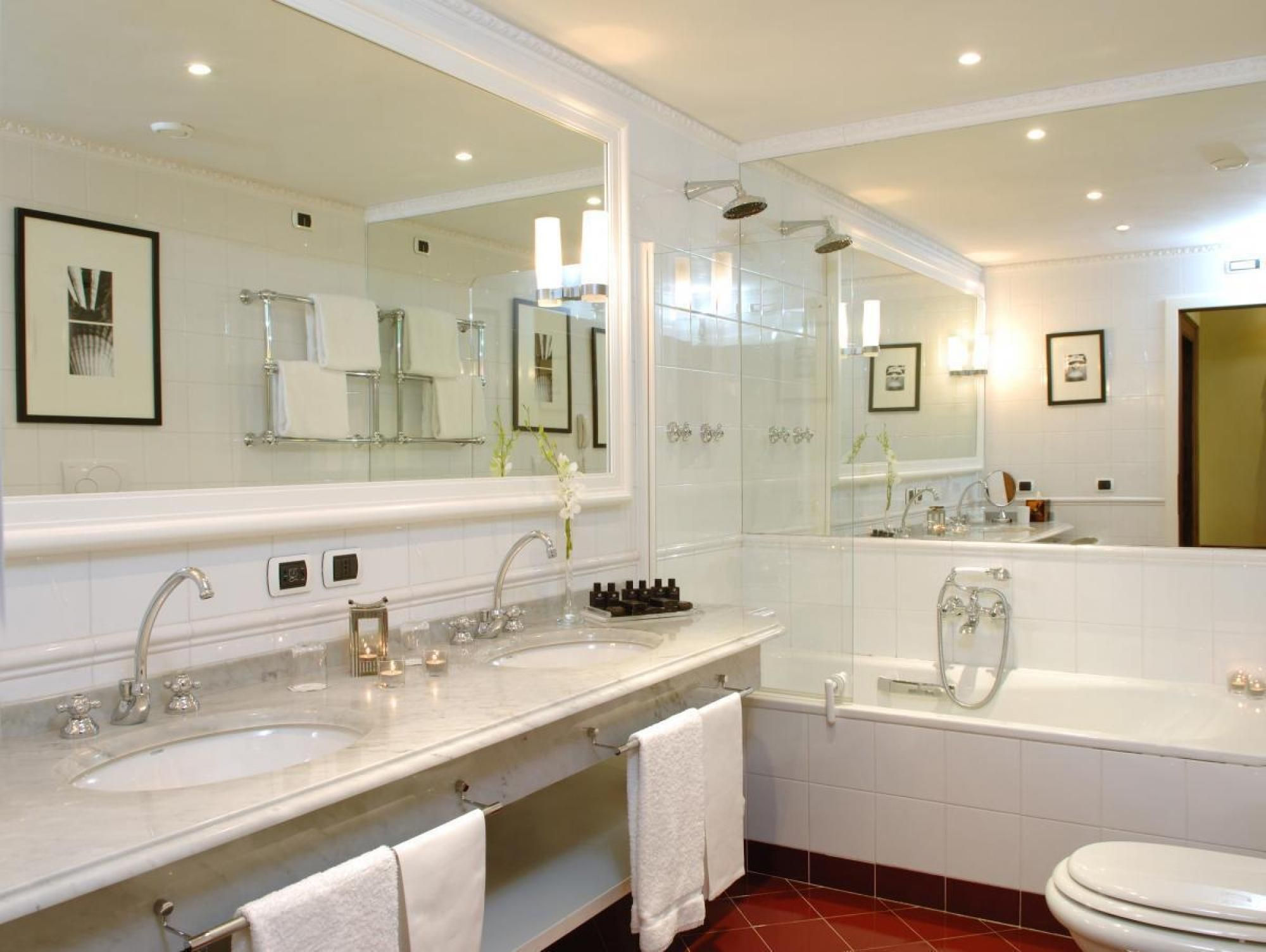 Adorable Luxury Bathroom Style With White Granite Countertop