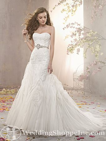 Order an Alfred Angelo 2363 Bridal Gown at The Wedding Shoppe today