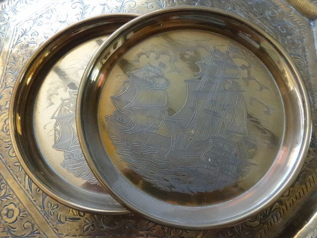 Vintage English Ship Dish Bowl Catch-all Wall Hanging x 2 circa 1960's Purchase in store here http://www.europeanvintageemporium.com/product/vintage-english-ship-dish-bowl-catch-all-wall-hanging-x-2-circa-1960s/