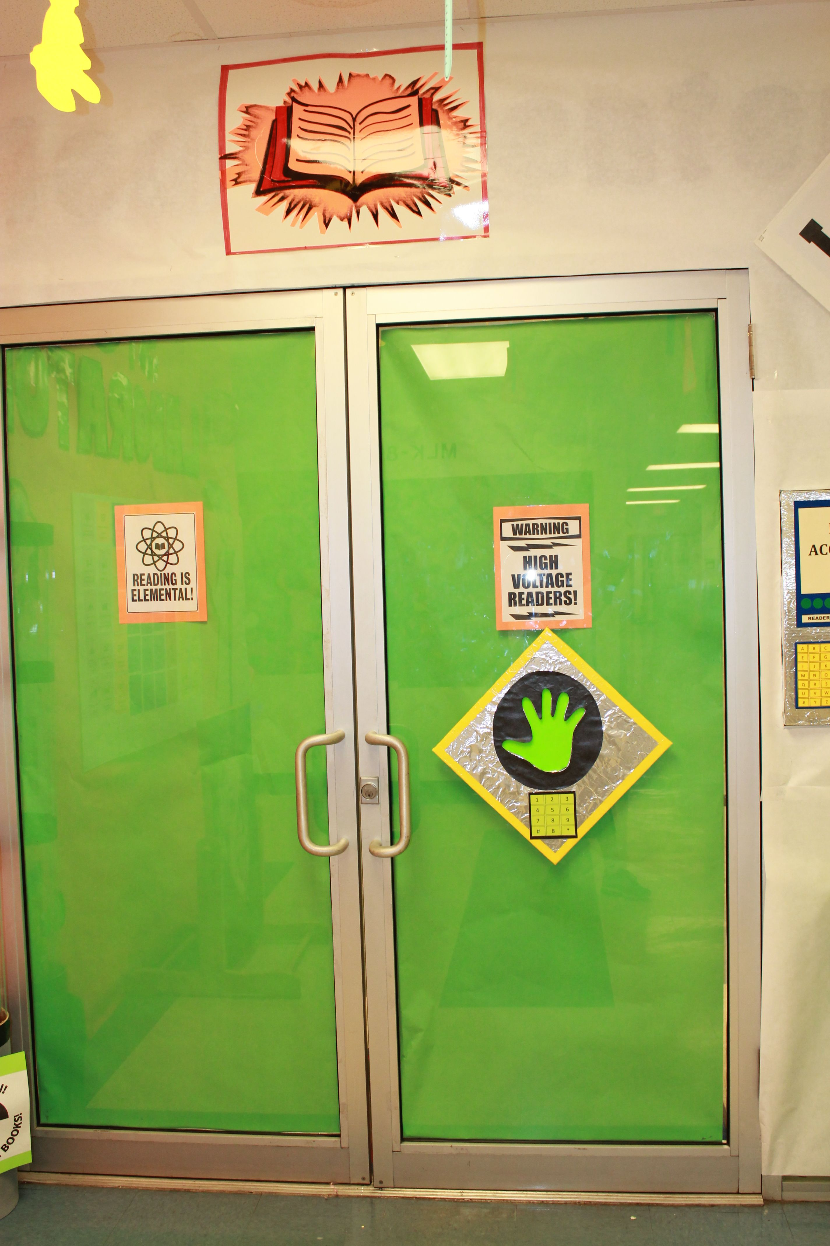 Science Classroom Door Decorations ~ Scan your hand science theme back to school idea