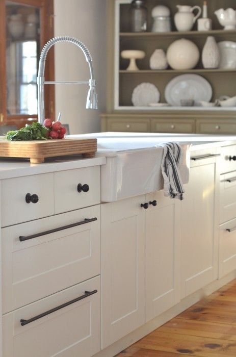 Summer At Home 10 Months At The Farm Farmhouse Kitchen Cabinets Black Kitchens Kitchen