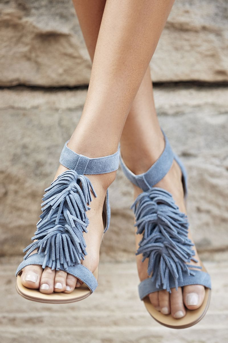 Blue suede flat sandals with fringe