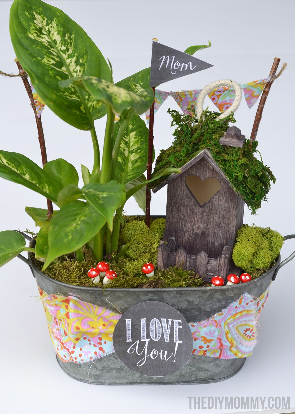 How to make mini fairy garden gifts for Mother\'s Day, teachers, or ...