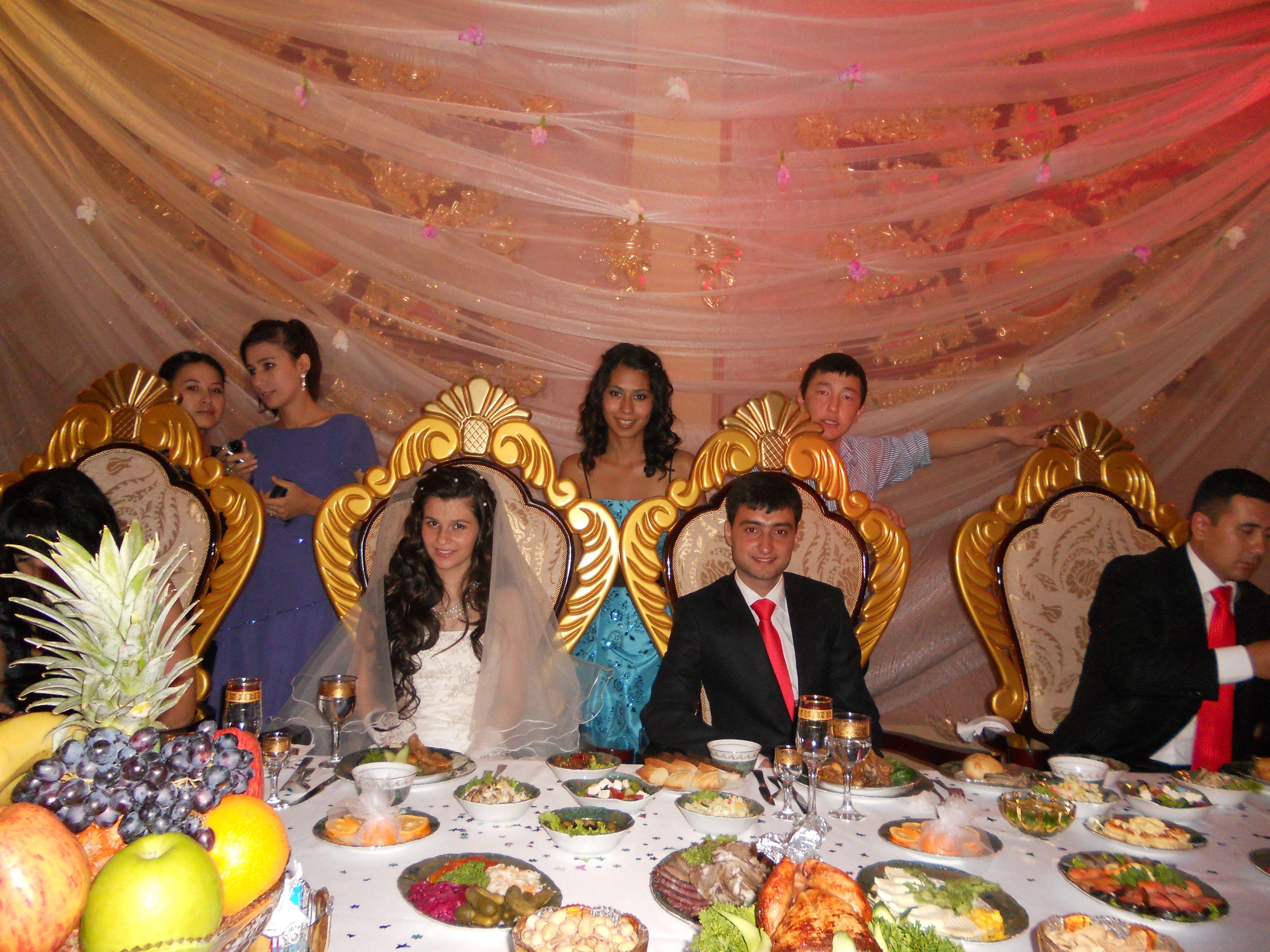 Uzbek wedding, what it really is